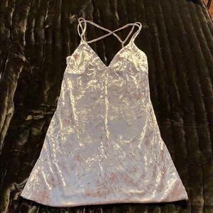 Dresses & Skirts - Light pink crushed velvet dress